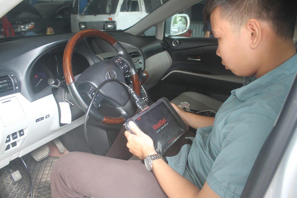 chuyên sửa ô tô Lexus